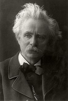 220px-Edvard_Grieg_by_Karl_Anderson_TM.T01607_(edit)